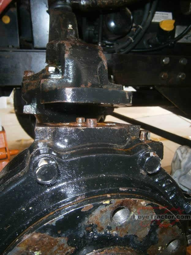 Yanmar 336d Parts : Ym d knuckle seal replacement